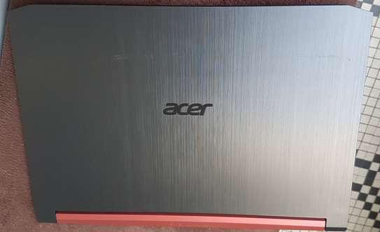 Acer nitro 17 GTX 1650 image 4
