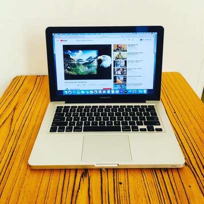 MacBook Pro core i7 image 1