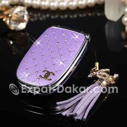 Téléphone miniature Chanel pour femme image 3