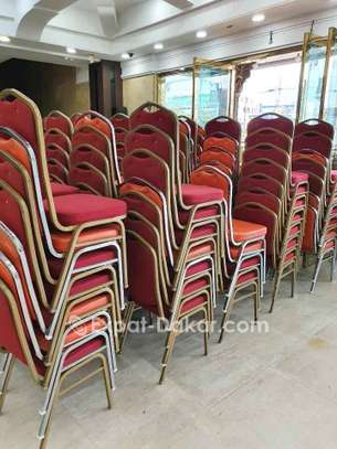 Dès chaise à vendre image 4