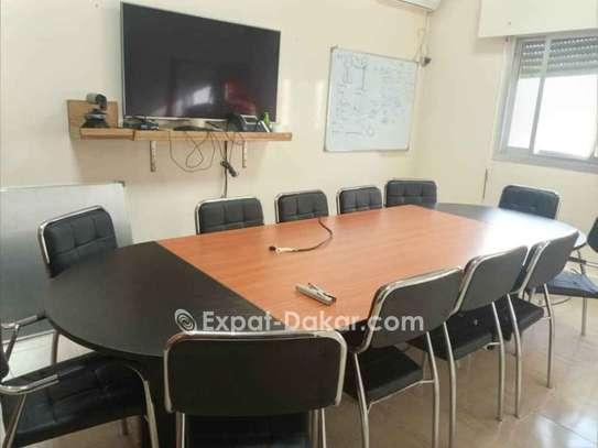 Table de réunion 6,8,10,12 et 15 places image 1