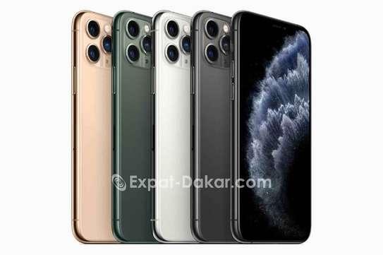 Iphone 11 pro Max image 2