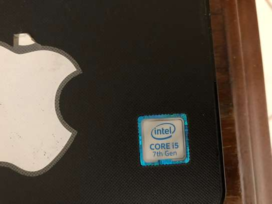 Dell Inspiron 15 3000 series image 1