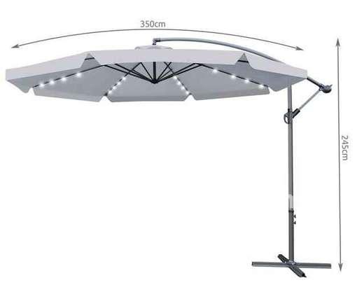 Grand Parasol d'extérieur jardin avec led intégré image 4