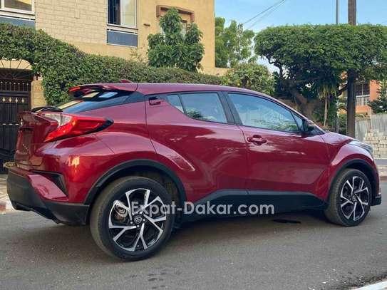 Toyota C-hr 2018 image 2