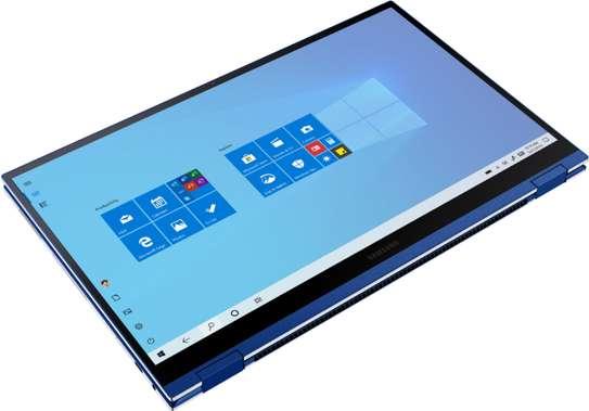 Samsung Galaxy Book Qled i7 image 4