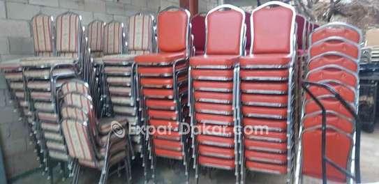 Dès chaise à vendre image 3