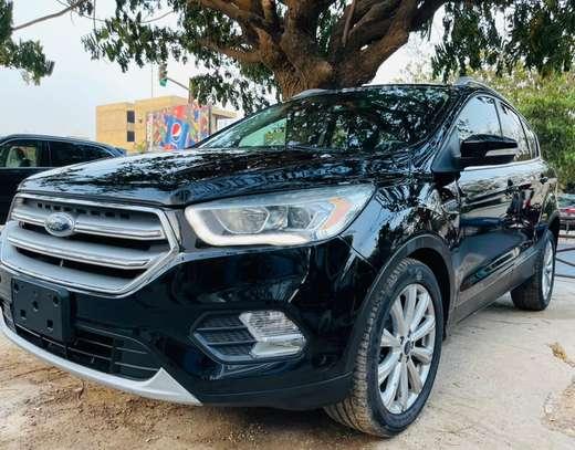 Ford Escape titanium 2017 venant à vendre by king cars image 4