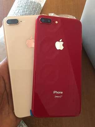 Iphone 8 plus officiel venant image 1