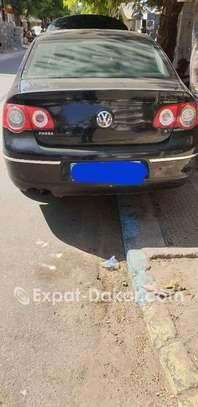 Volkswagen Passat 2010 image 4