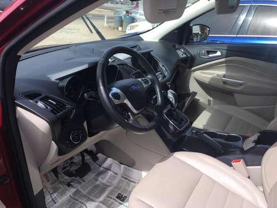 Ford escape a vendre image 8