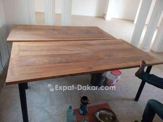 Table bois Djibouti de qualité image 4