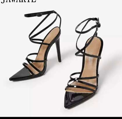 Chaussure de luxe image 13