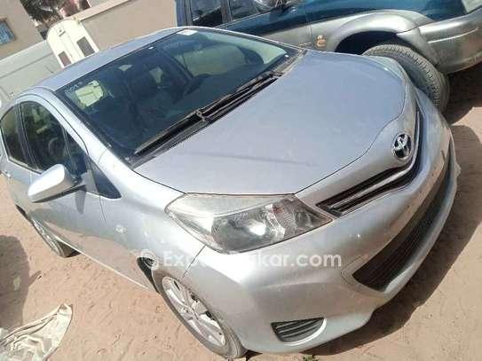 Toyota Yaris 2013 image 3