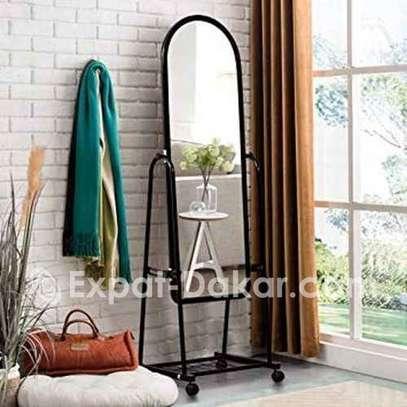 Miroir de chambre luxueux image 1