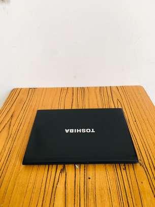 Toshiba portege image 2