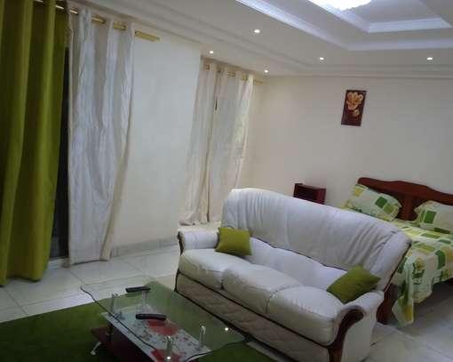 Chambre meublée image 1