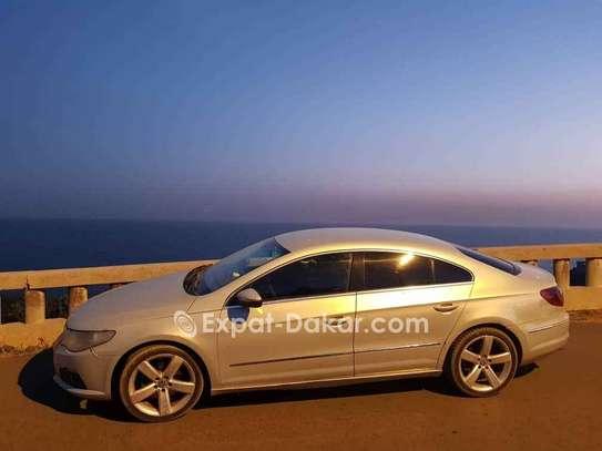 Volkswagen Passat 2009 image 2