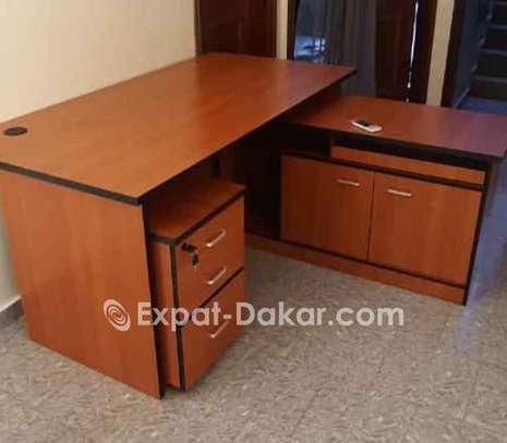 Table de bureau avec retour et caisson image 1