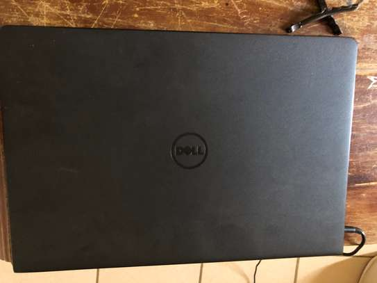 Dell Inspiron 15 3000 series image 5