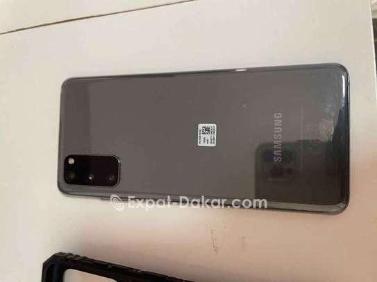 Samsung Galaxy s20 5G image 4