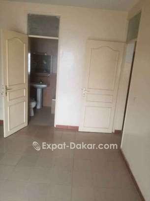 Appartement à vendre à Ouakam image 2