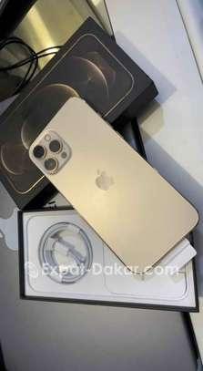IPhone 12 Pro Max 128go Descellé image 1