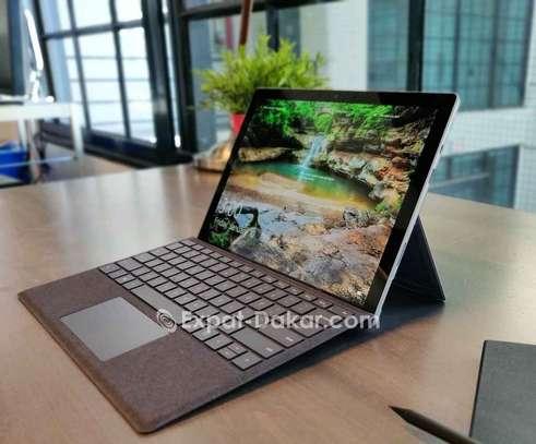 Surface Pro 7 image 5