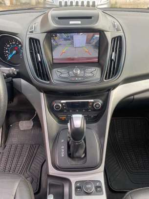 Ford Escape 2015 en très bon état image 5