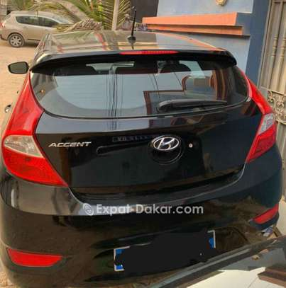 Hyundai Accent 2012 image 3