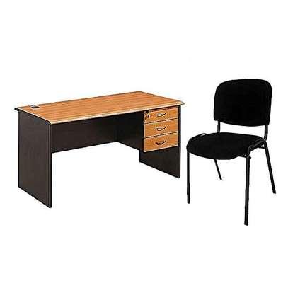Bureau de Travail + Chaise image 1