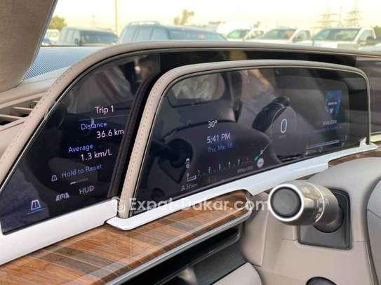 Cadillac  2021 image 2