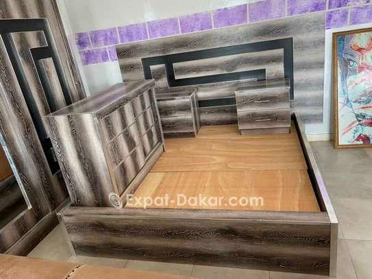 Chambre à coucher + matelas image 2