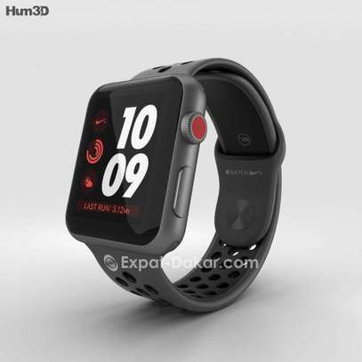 Apple watch serie3 Nike 42mm GPS +scelullaire image 4