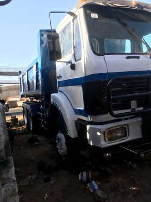 Camion 10 roues image 7