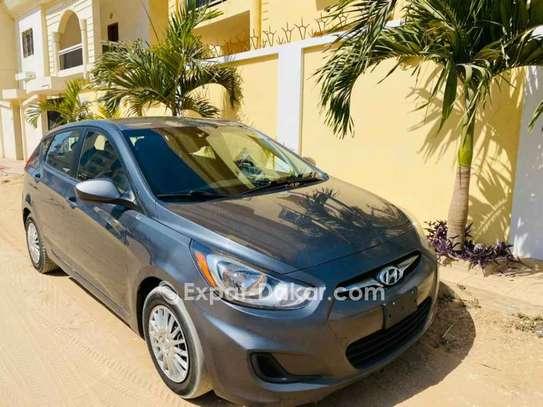 Hyundai Accent 2012 image 4
