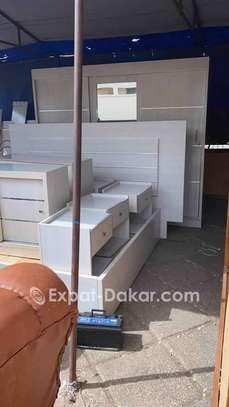Chambre à coucher disponible image 1