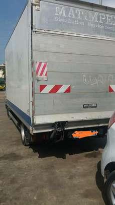 Location de camionnette utilitaire image 3