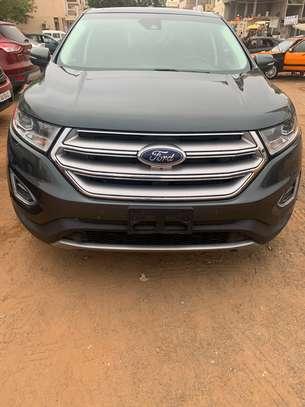 Ford Edge image 2