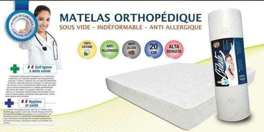 Matelas orthopédique image 2