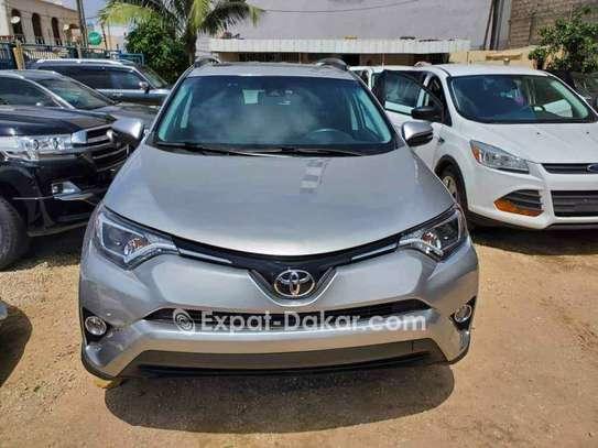 Toyota Rav 4 2018 image 2