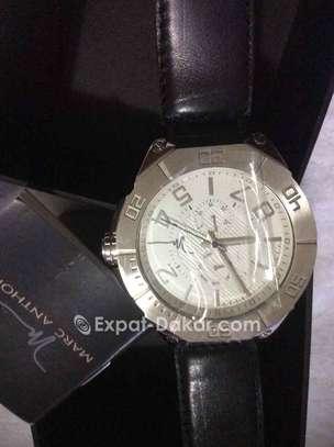 Promo Authentique watches de luxe image 2