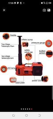 Cric hydraulique et électrique image 1