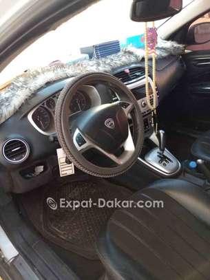 Lancia  2011 image 4