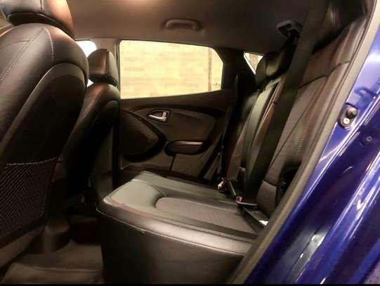 Hyundai Tucson v4 image 4
