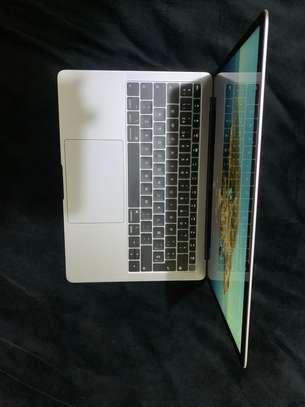 Mac air 2020 m1 et 2019 i5 venants image 3