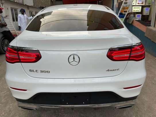 Mercedes GLC 300 image 3