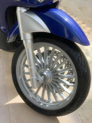 Piaggio Beverly Led 300ie image 7
