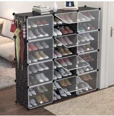 Des ranges chaussures image 3