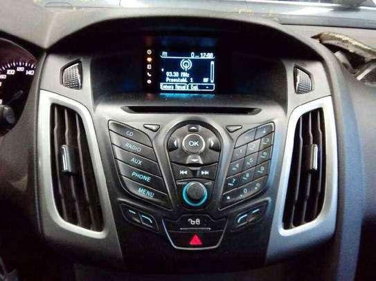 Capter les fréquences FM paires avec Ford et Mazda image 1